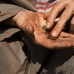 Riccardo Petrella: Moneta, economia del dono, finanziarizzazione