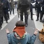 Marica Di Pierri: A Parigi lo stato d'emergenza silenzia la protesta climatica