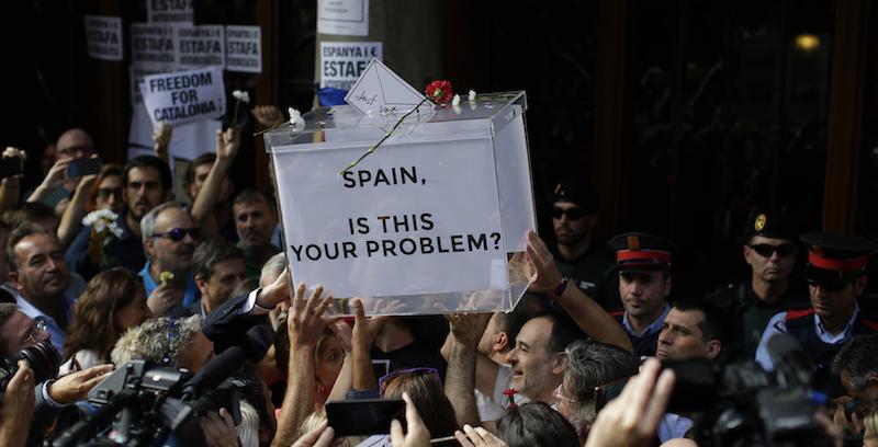 Maurizio Matteuzzi: Spagna - Catalogna, una partita a ping-pong con la pallina che è una bomba