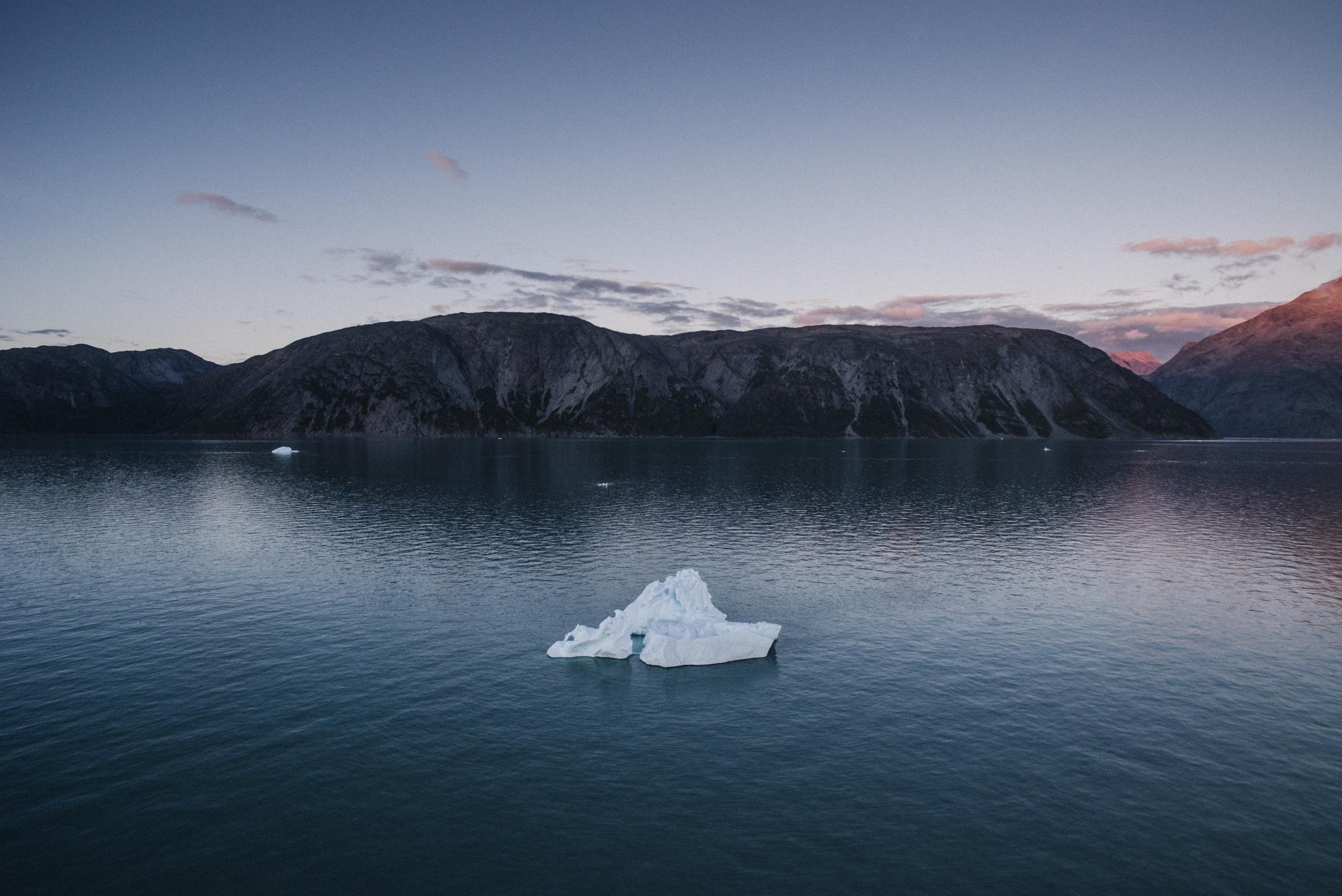 Simone Pieranni: La via della seta polare portata avanti dalla Cina