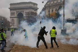 Bruno Giorgini: A Parigi la nuda lotta di classe