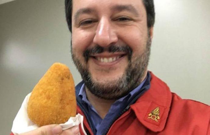 Michela Murgia: A Salvini rispondo. Si metta a fare il Ministro invece che l'Assaggiastore alle sagre.