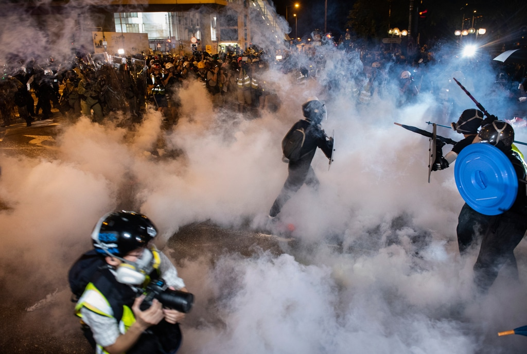 Ilaria Maria Sala: La violenza inquietante che scuote Hong Kong