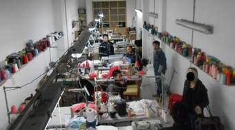 Giovanni Mottura: Immigrati cinesi in Italia nel pronto moda. Interpretare incontri, favorire traduzioni. Note sparse su una ricerca esemplare