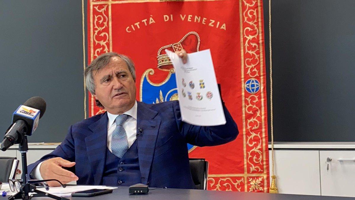Ytali: Venezia si liberi del sindaco che non c'è