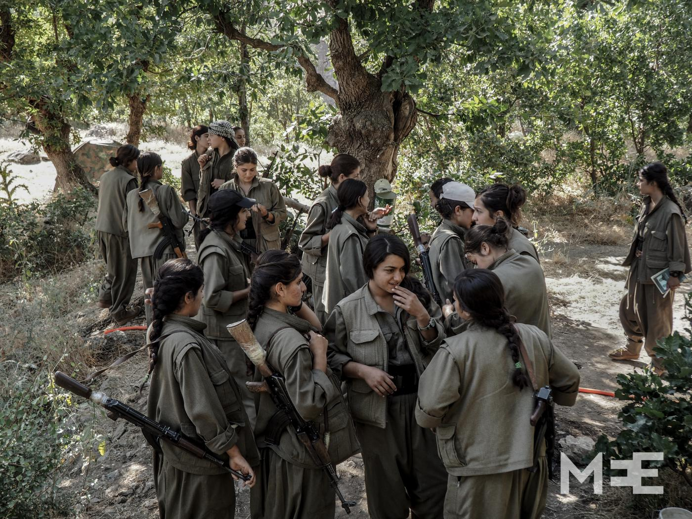 Laura Corradi: 8 marzo. Le donne curde  difendono la loro autonomia a Rojava